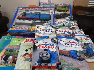 松本 様 おもちゃや図書を寄付して頂きありがとうございます。